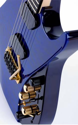 moog guitar cuerpo